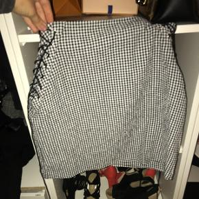ternet nederdel købt i Spanien