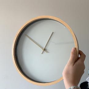 JYSK ur/vægur