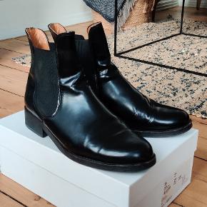 Lækre læder støvler fra Ganni  Str 40 - fantastisk pasform   Brugte men i god stand