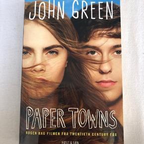 Ny pris 245 kr  Jeg sælger denne skønne bog da jeg har læst den og nu står den bare og samler støv.  Hvis i syntes at prisen er lidt skæv så giv et bud  Køberen betaler fragten som ikke er inkluderet i prisen.