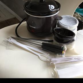 Ny ubrugt chokoladesmelter/fondueMed tilbehør og 4 små skåle