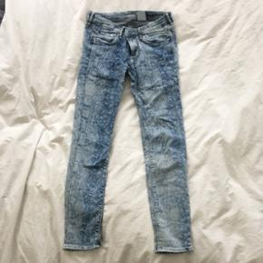 Jean H&M (skinny low waist ankle)   taille 28