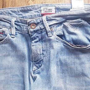 Flotte Hilfiger jeans, model scanton str 31/36 slim fit - købt sommeren 18