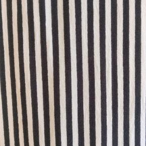 Sort/hvid stribet fin t shirt