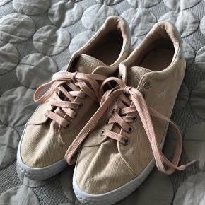 Esprit sneakers