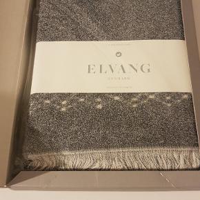 Håndklæder fra Elvang 50x100 cm. Aldrig brugt