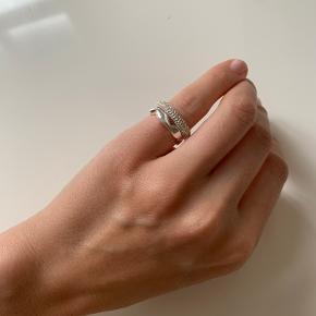 Arket ring