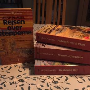 Jean m. Auel bøger 4 stks for 100kr 30kr stk.
