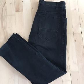 The end regular jeans str 33/32