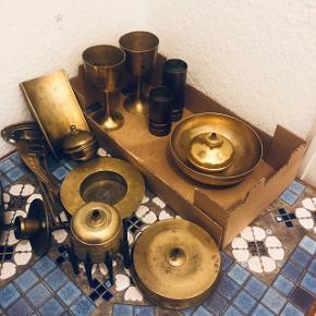 Dansk design messing olielamper og mm.  Kan gøres rent hvis ønskes ( + 10 kr )