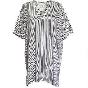 Ny blå og hvid stribet tunika, kjole. Super fin over fx jeans  Str 38, M