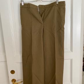Joseph bukser & shorts