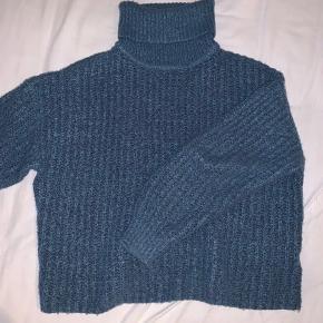 Virkelig blød sweater;)  Tjek min Instagram ud for inspi:) @katrinebjornskov