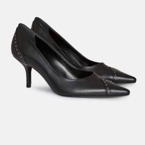 Anine Bing heels