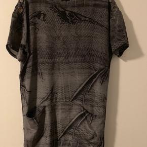 Super lækker kjole i silke med tags. Nypris kr 1500. Aldrig brugt.