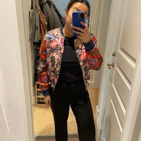 H&M Trend jakke