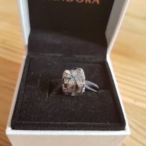 Pandora led   Gave med sten   Udgået   Ny i æske