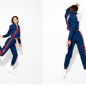 Jeg har lige prøvd den på. Strl s! Kolleksjon Adidas x Olivia OBlanc Track Top og track bukse