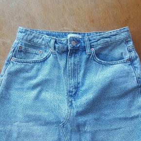 Denim nederdel.