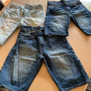 Flotte shorts som fremstår som nye (fra HM). Prisen er for alle 3 stk.