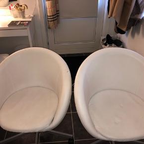 2 stole fra IKEA. Lidt brugstegn.  1 for 75 kr. - 2 for 100 kr.