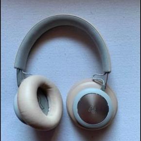 Sælger disse B&o hørebøffer, er købt i starten af året og brugt meget lidt, fejler ingenting!