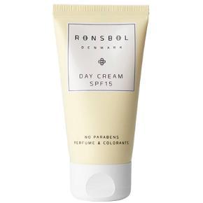 1 Rønsbøl Sun Lotion SPF 30 - 150 ml og  1 Rønsbøl Day Cream SPF 15 - 50 ml til ansigtet .. Er også super god til helt alm. dagcreme :) Et sæt med en af hver sælges for 99 kr - Så det er tag 2 betal for 1 :)