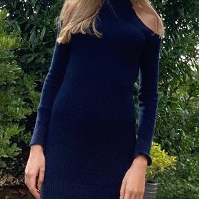 Rigtig fin kjole, er kun brugt en gang.