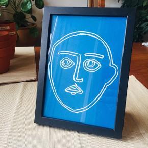 """Linoleumstryk """"A.G."""", A5 15x21 cm. Inkl sort ramme. Håndtrykt. Fås også i gul og sort. Kan stå og hænge. Se mere af min kunst på www.dittekroyer.com Sender gerne: porto 20 kr."""