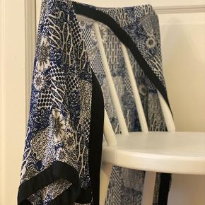 QED London kimono