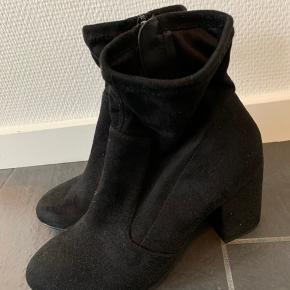 Fede Ellos støvler brugt få gange.