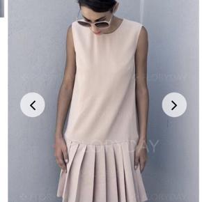Sød kjole som passer både en L og XL på grund af faconen