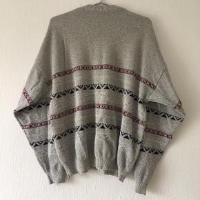 Grå vintage sweatshirt m. mønstre str. M/38-40