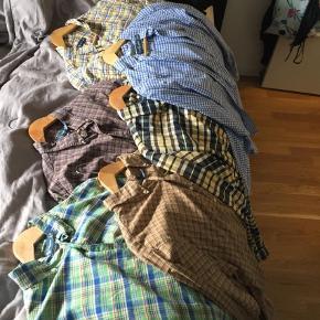 Har 5 skjorter fra Ralph lauren som jeg skal af med.Giv et bud  Langærmet Farve: Lyseblå Oprindelig købspris: 4000 kr.
