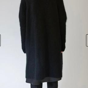 Acne Raya Den lange model Står som ny.