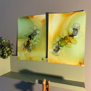 Unika maling/ forskellige medier på A4 papir. 2 stk. af 100 kr. Lavet af mig selv, By Camilla West Video kan sendes så man bedre kan danne sig et indtryk af form og farver.  Tager også imod bestillinger hvis særlige farver ønskes👍🏻 Maleri plakat
