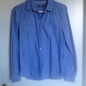Skjorte fra Gina Tricot. Brugt få gange. Str 36.
