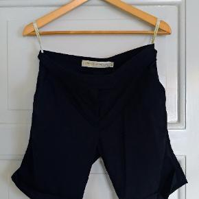 Munthe plus Simonsen shorts