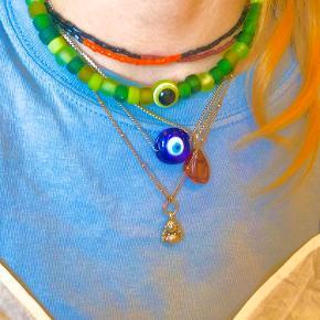 Grøn Evil eye lavet med glas perler 😻mega y2k og sejt