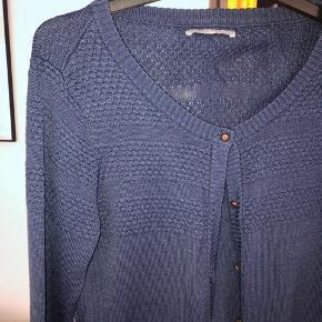 Klassiske cardigan fra Samsøe i mørkeblå #30dayssellout