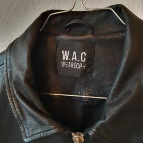 WAC (We Are Copenhagen) skindjakke i 100% lammelæder. Super lækker kvalitet og i god stand.