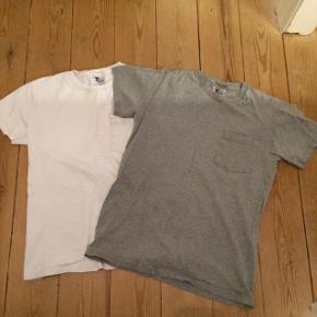 Tellason t-shirts str m. En grå en hvid begge med lomme på brystet.