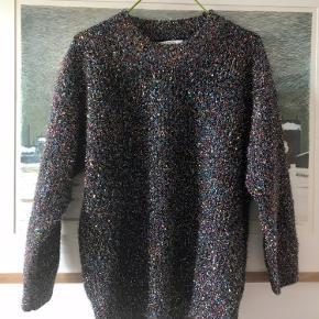 Frnch sweater