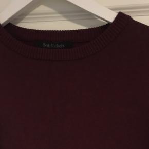 Helt ny trøje fra Soft Rebels.  Størrelse M/L - svarer til 38 Aldrig brugt, men vasket