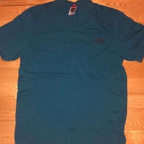 The north face t shirt str: XS KOM GERNE MED BUD!