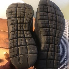 Skechers sneakers med memory foam Brugt få gange
