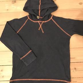Varetype: HættebluseStørrelse: 6 Farve: Blå/orange Oprindelig købspris: 500 kr.