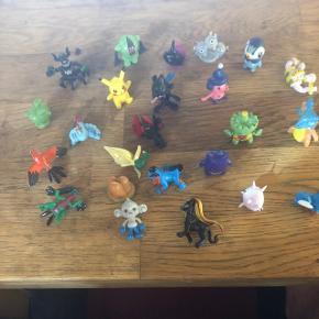 24 stk.Pokemon figurer til din pakke kalender   PRISEN ER MED FRAGT