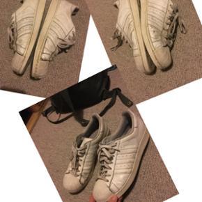 Adidas superstarStr 44 Byd.