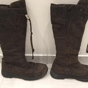 Lækre brune Bumper støvler med mønster i skindet. Sælge hurtigt 🤎